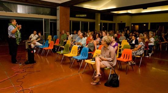 Mayor Billy Kenoi at a 'talk-story' session in the Kona Imin Center in Holualoa.