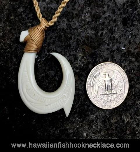 alika hook necklace