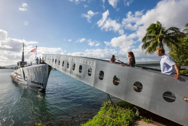Your Complete Family Guide to Oahu with Kids featured by top Hawaii travel blog, Hawaii Travel with Kids: Pearl Harbor is one the top attractions on Oahu for families