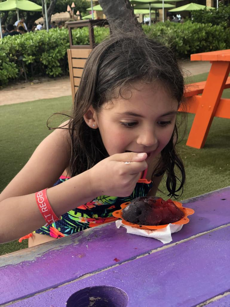 3 Day Maui Itinerary with Kids featured by top Hawaii travel blog, Hawaii Travel with Kids: Shave Ice at Ululani's at the Hyatt Regency Maui