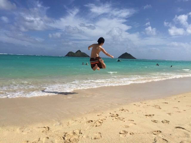Hawaii on a Budget: What Not to Do in Hawaii to Save Time and Money, tips featured by top Hawaii travel blog, Hawaii Travel with Kids: Kailua, Oahu, Hawaii--Kailua beach is one of the best beaches on Oahu