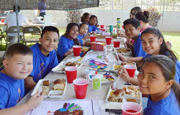 Holiday volunteer opportunities in Hawaii for families featured by top Hawaii blog, Hawaii Travel with Kids: Ko Olina Thanksgiving Outreach, Oahu, Hawaii