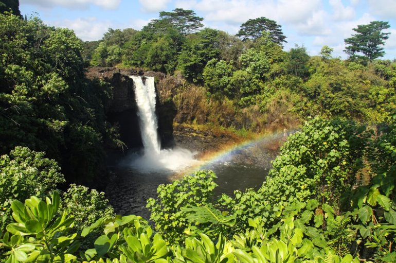 The Best Things to Do in Hilo Hawaii featured by top Hawaii blog, Hawaii Travel with Kids: Rainbow Falls is one of the most popular Big Island waterfalls