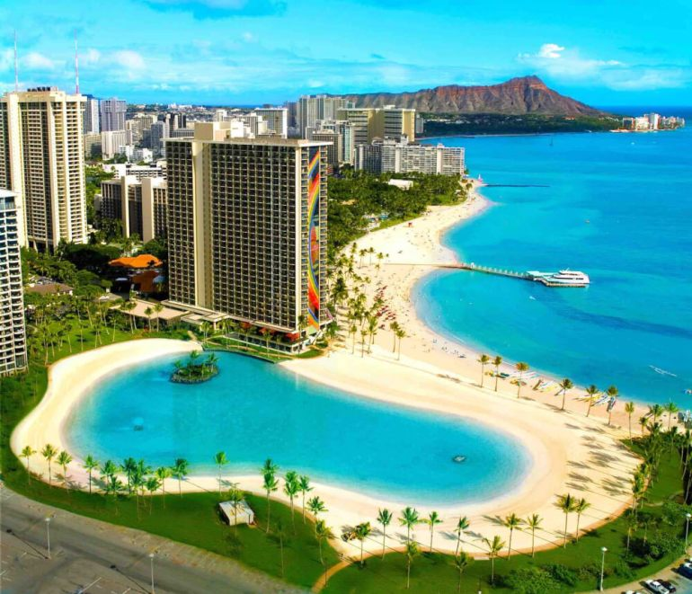 25 Amazing activities in Waikiki with kids featured by top Hawaii blog, Hawaii Travel with Kids: Hilton Hawaiian Village on Oahu