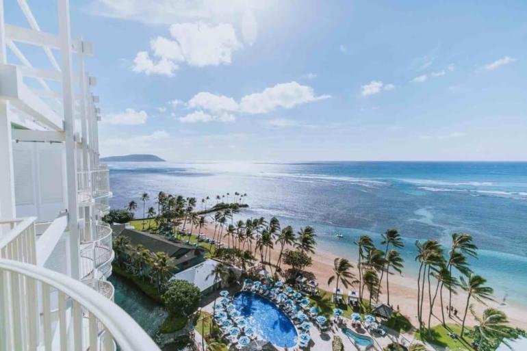 Top 8 Romantic Oahu Honeymoon Resorts featured by top Hawaii blog, Hawaii Travel with Kids: Kahala Resort & Spa on Oahu