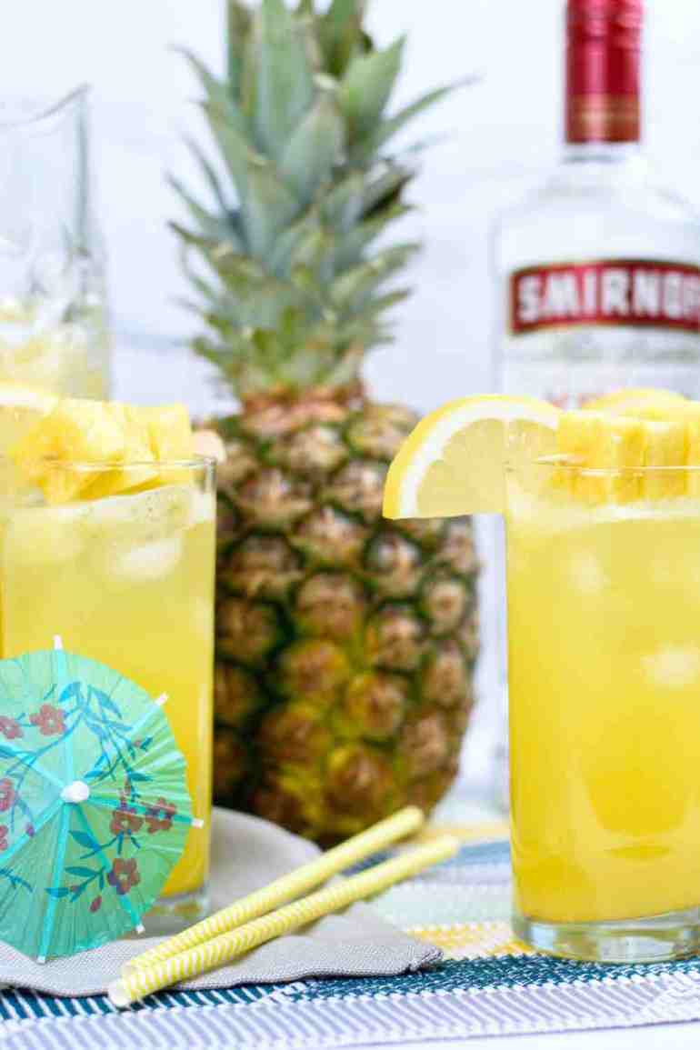 Tropical Cocktails: Pineapple Vodka Lemonade recipe by top Hawaii blog Hawaii Travel with Kids | pineapple vodka cocktails