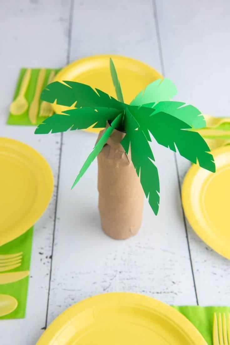 Hawaiian luau decorations: palm tree centerpiece by top Hawaii blog Hawaii Travel with Kids