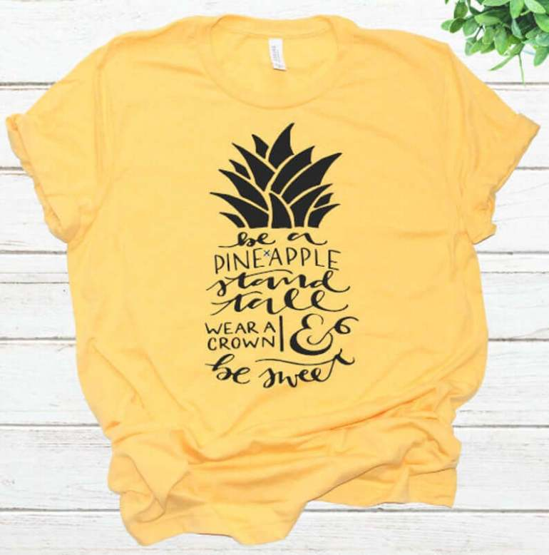 Cute Pineapple Gifts from Etsy featured by top Hawaii blog, Hawaii Travel with Kids: Be a Pineapple Stand Tall Wear a Crown and Be Sweet image 0