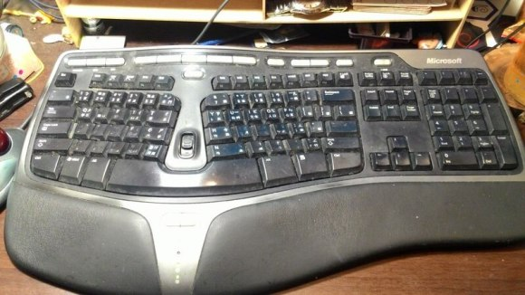 Microsoft Nutural Ergonomic keyboard 4000