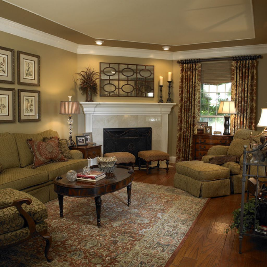 Traditional Living Room Photos