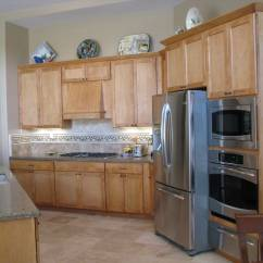 Light Maple Kitchen Cabinets Diy Rolling Island Design Ideas Hawk Haven
