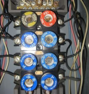 Upgrade 100 Amp Fuse Box To Circuit Breakers Electrical Panel Upgrade Amp Fuse Box Replacement