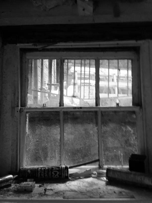 Basement-bedroom-window