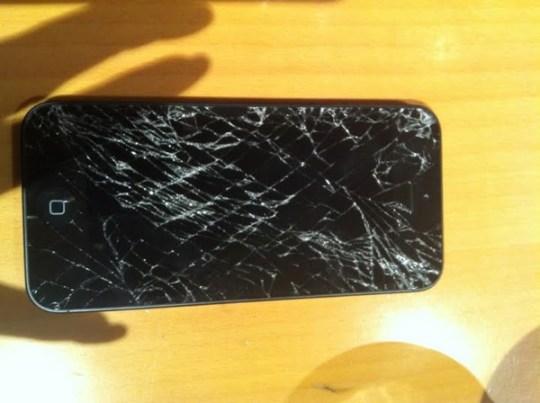 Iphone5 crash 20120921 2