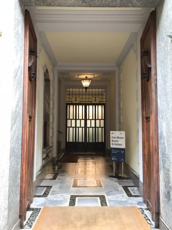 CMBS Apartman Girişi