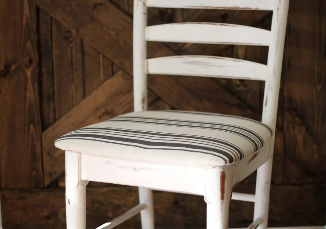 Best Fabric For Reupholstering Dining Room Chairs: How To Reupholster Dining Chairs In 15 Minutes