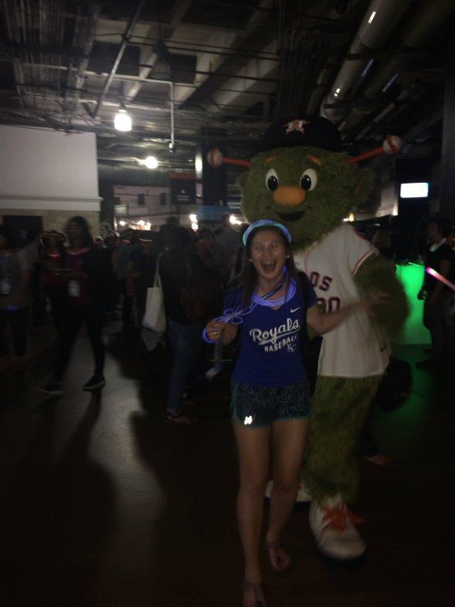 Royals Fan vs. Astros Mascot