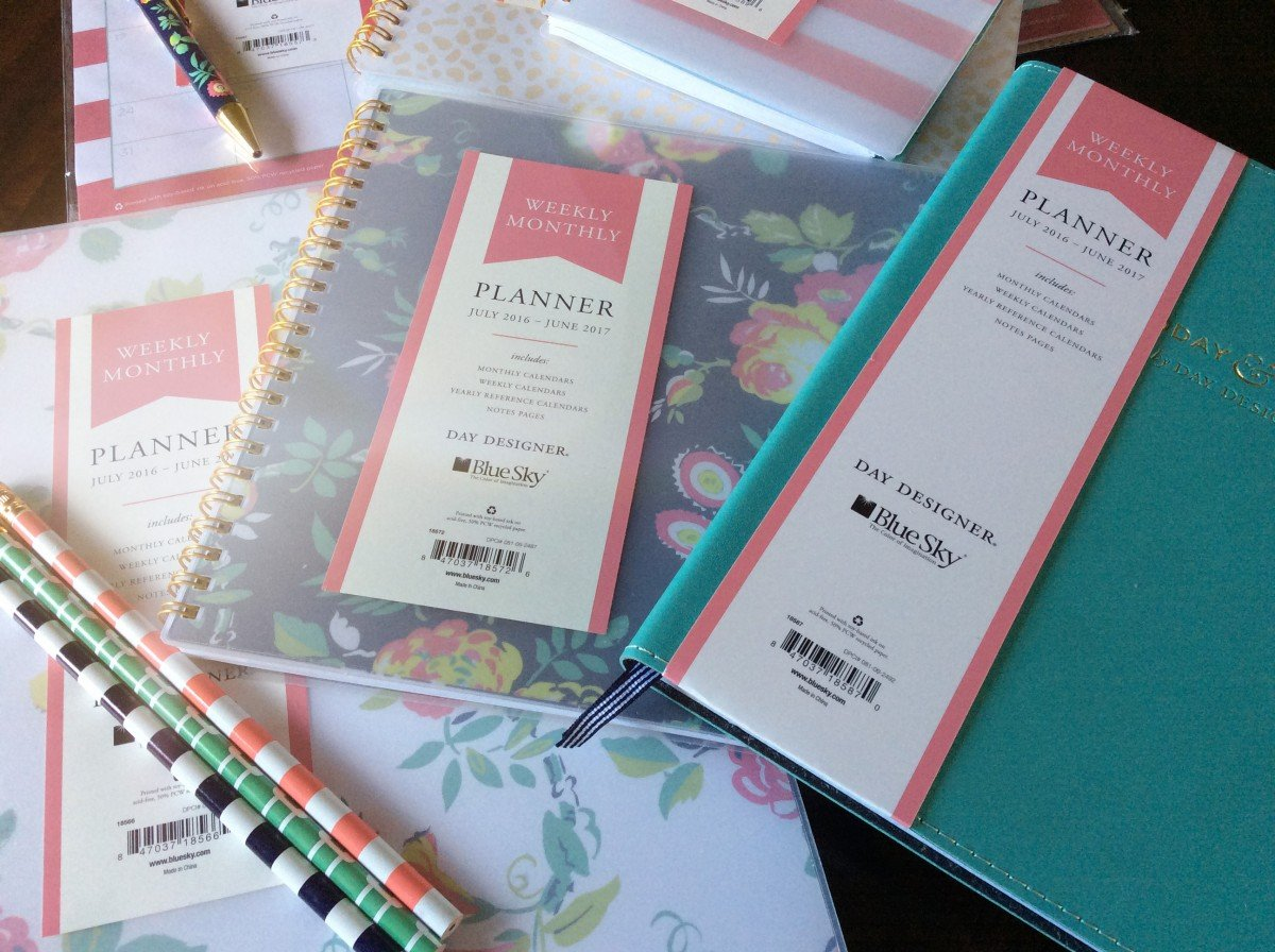 How To Plan Your Summer Adventures| hayle santella | www.haylesantella.com