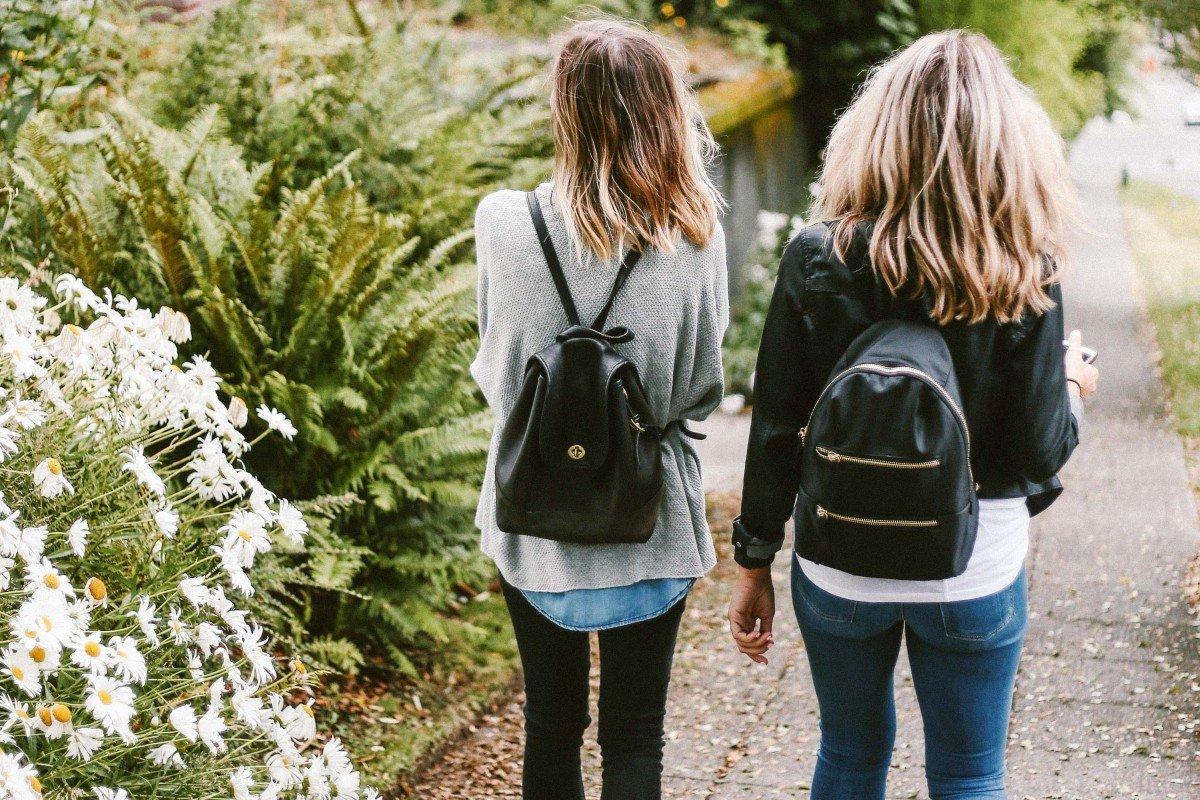 The Ultimate List of 35+ Student Discounts | College Tips | hayle santella | www.haylesantella.com