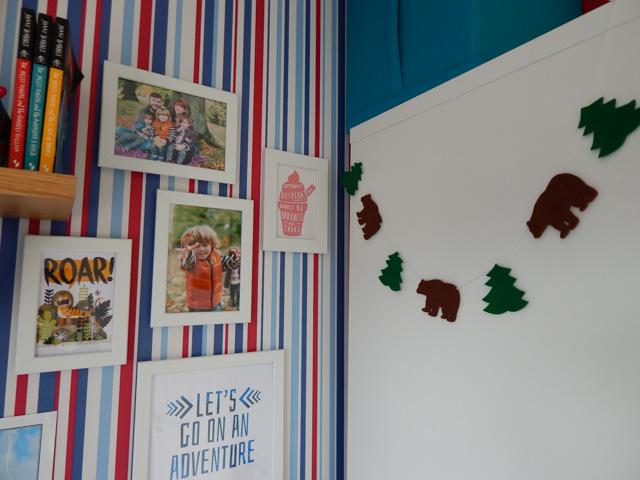 Little Adventurer Boy's Bedroom (11 of 13)