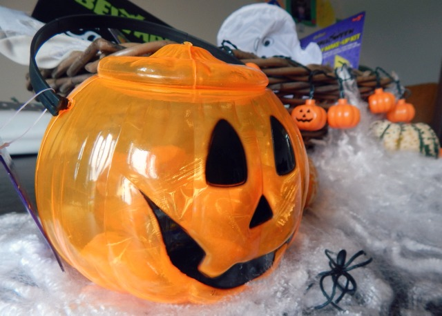 home-bargains-halloween-pumpkin