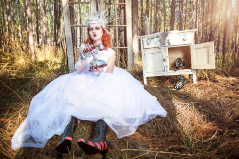 pendragon, vintage, shoes, red queen, alice in wonderland