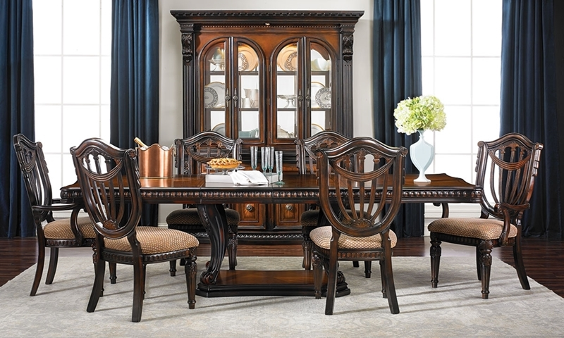 Grand Estates 5-Piece Old World Dining Set