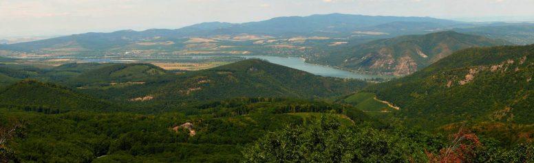 Dobogó-kő_Danube_Band_color