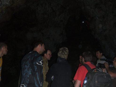 Interjú a Bedellői-cseppkőbarlangban