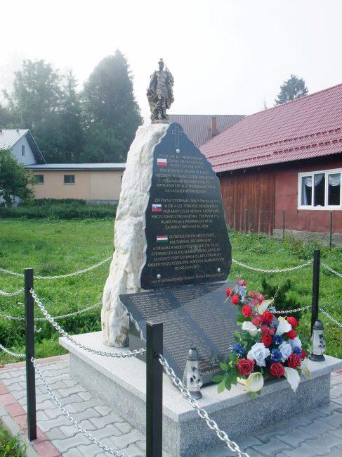 A nedeci tűzvészek emlékműve