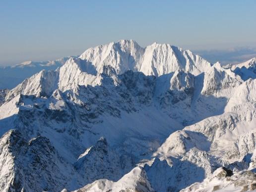 A Gerlachfalvi-csúcs a Lomnici-csúcsról