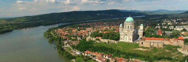 Dunamenti-síkság – A két partot egybeölelő kar