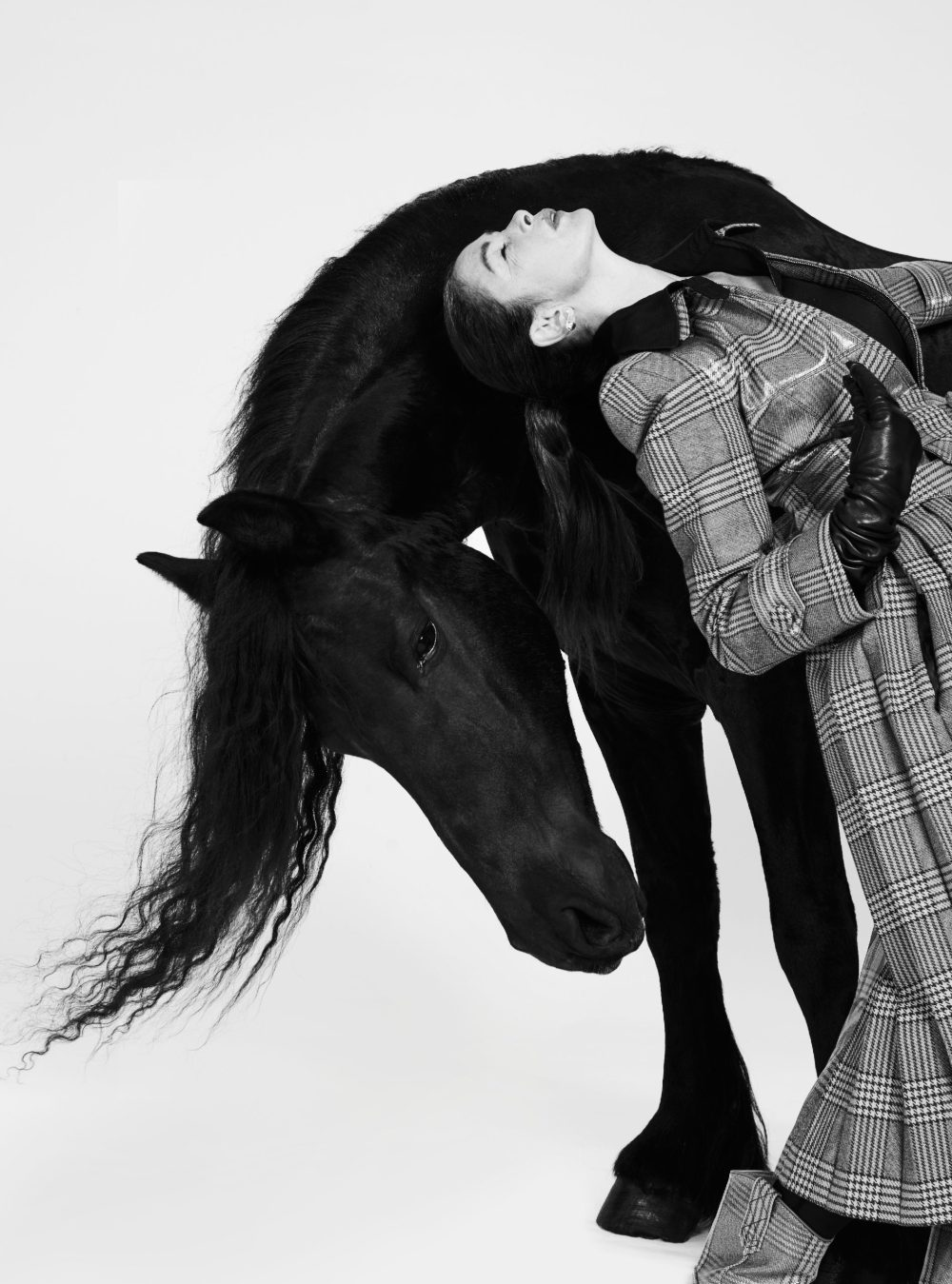 Editorial: Harpers Bazaar – Linda Spierings