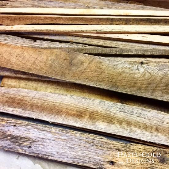 reclaimed-wood-pile