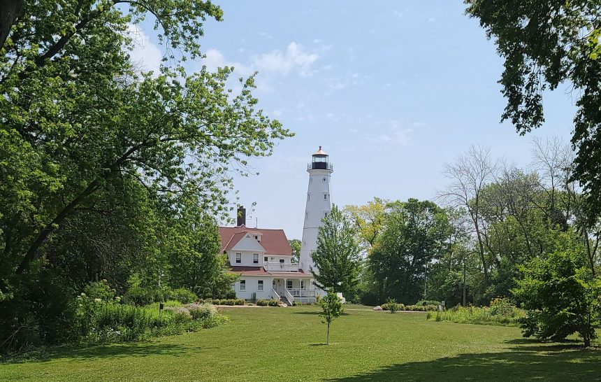 north point lighthouse milwaukee wi