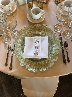 Hazelmere Charger Plate and Decor