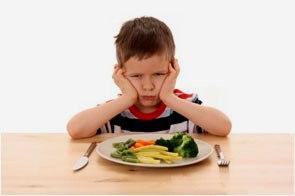 niño-enfadado-comida