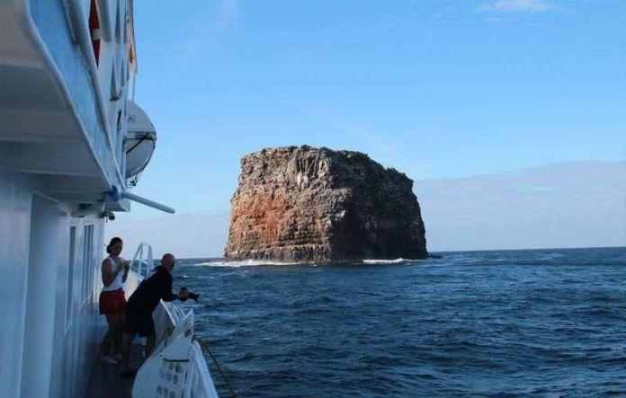 Resultado de imagen para Foto cuador se anexiona las Islas Galápagos