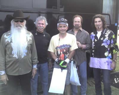 Harry with his friends, the Oak Ridge Boys