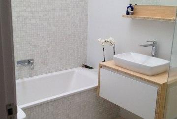 Small Narrabeen Bathroom Makeover | Helen Baumann Design