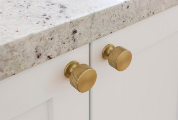 Armac Martin Sparkbrook Knob compliments Hampton Kitchen Design | HB Design