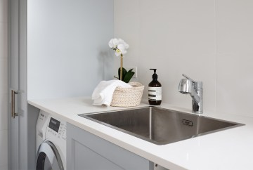 Contemporary Laundry Room | Helen Baumann Design
