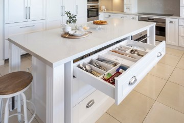 Wide Cutlery Drawer | Helen Baumann Design