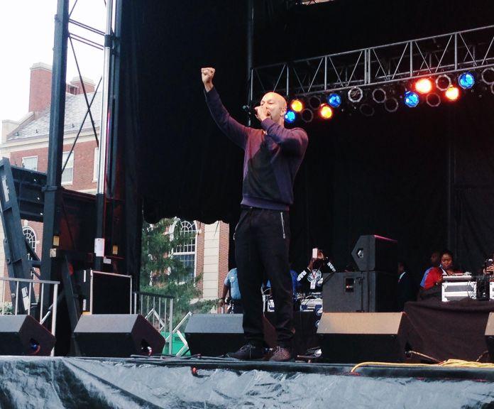 "Common performing ""Black America Again"" at International Yardfest"