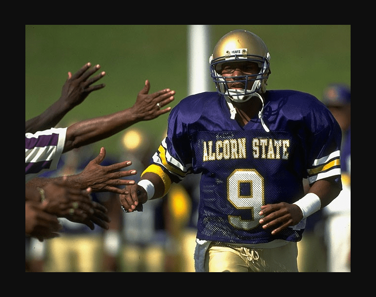 Alcorn State S Greatest Player Steve Mcnair Inducted Into College Football Hall Of Fame Hbcu Buzz