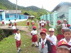 Primary school in Karo village (North Sumatra, 2011)