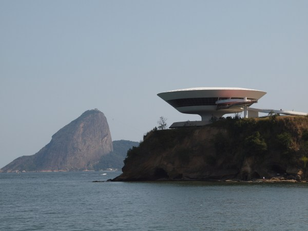 Contemporary Art Museum In Niteroi And Sugarloaf Mountain Rio De Janeiro. -bomb'