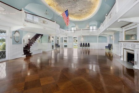 Masury Estate Ballroom - empty