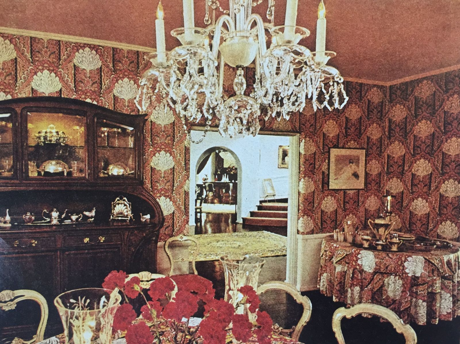 Barbra Streisand House Tour  August 1974 House Beautiful