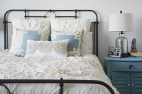 Guest Bedroom Decorating Ideas - Tips for Decorating a ...